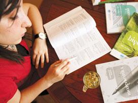 Okul sonrası çocuğu derse zorlamak doğru mu?
