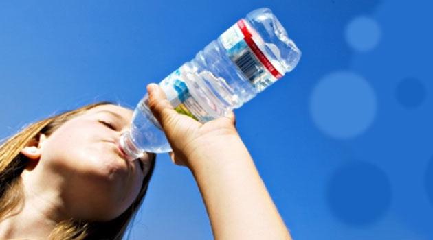 Bol su içen çocukların boyları daha fazla uzuyor