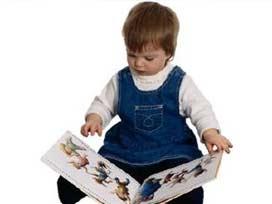 Bebeğinizi kitap kurdu haline getirecek 8 yöntem