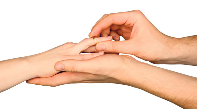 Evlilikte mantık mı, yoksa duygular mı öne çıkmalı?