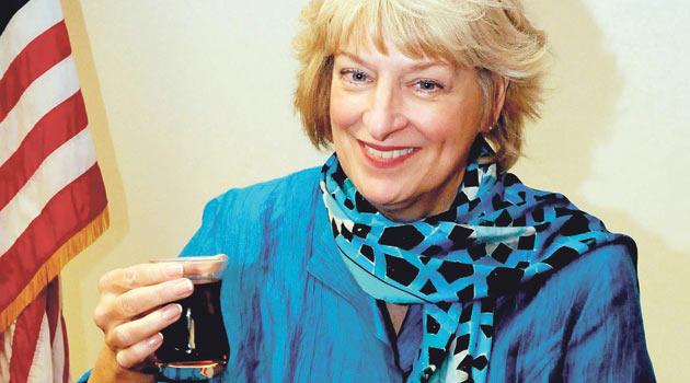 Çay ve Türkleri bir de Katharine Hanım'dan dinleyin