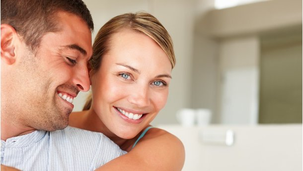 Zor bir eş, muhabbetle değişebilir