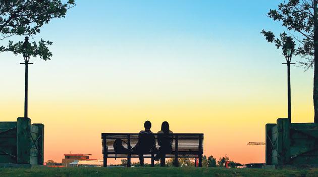 Eşinizi başkalarının yanında rencide etmeyin