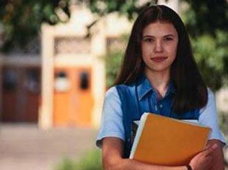 Üniversiteye kayıt için gerekli belgeler nelerdir?